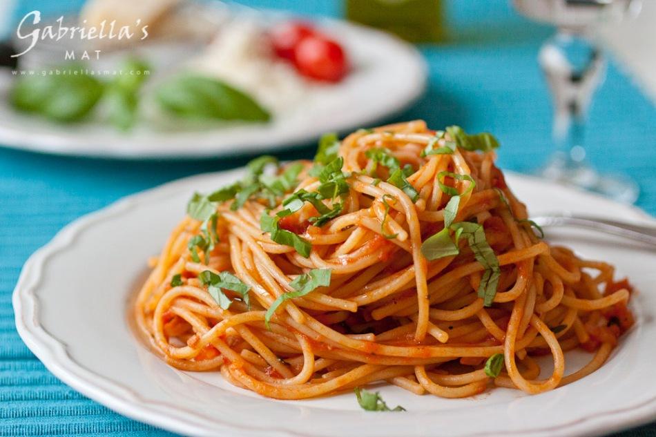 tomatsås spagetti