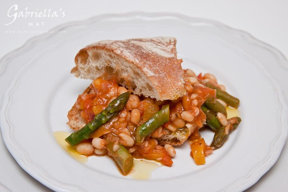 Bönrisotto med Sparris & Tomat (2)